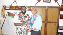 French Ambassador, Robby JUDES, on a courtesy call to Port Vila Town (...)
